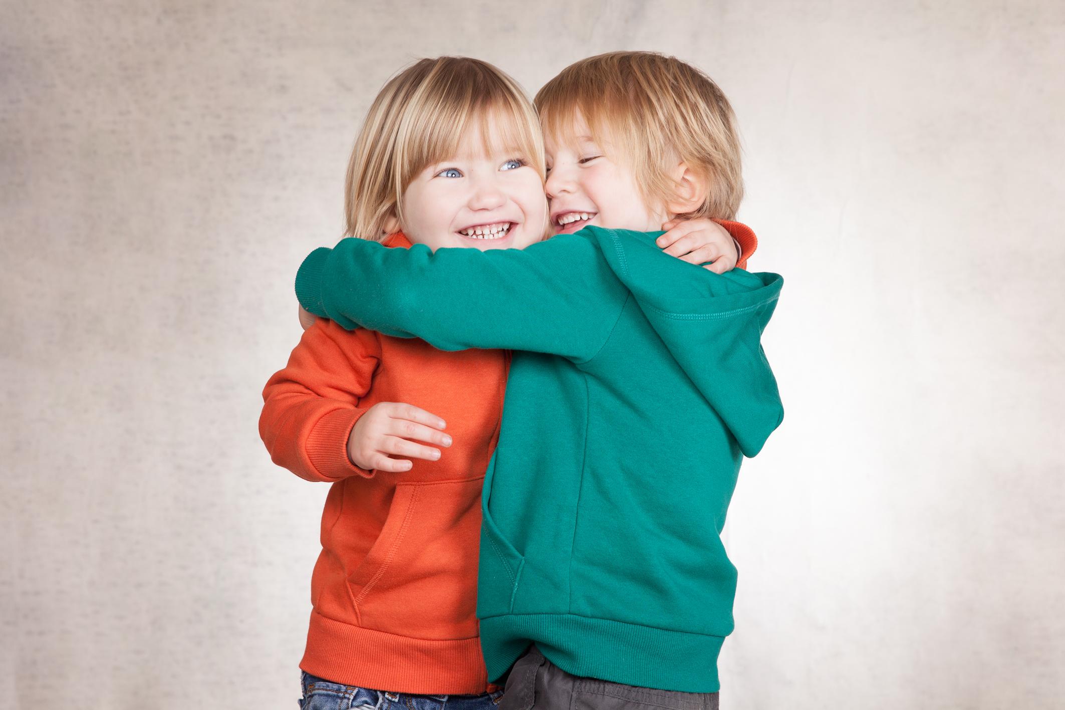 Zwillinge kinder, kinderfotos fotostudio Berlin